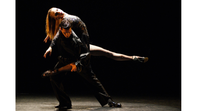 Forever Tango scorches across Plaza Theater stage