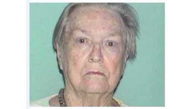 Las Cruces police search for missing elderly woman